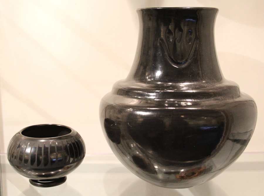 Philip Suval, Inc, brought a case of Pueblo and Hopi Indian pottery. Left, a jar by San Ildefonso potters Maria Martinez (1887–1980) and her daughter-in-law, Santana. Right, a large Santa Clara jar by Margaret Tafoya (1904–2001).