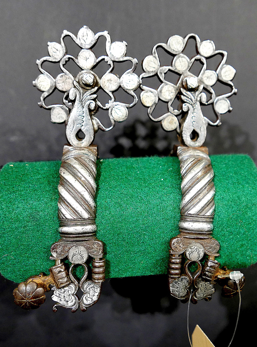Rare silver mounted Vaquero spurs were featured in the show.