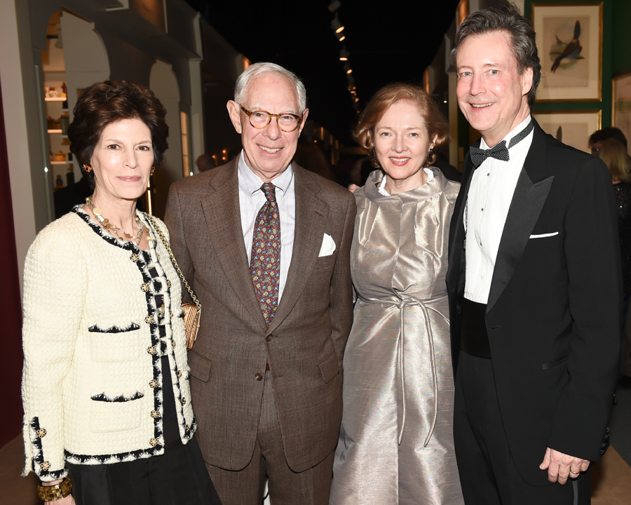 From left, Coco Kopelman, Winter Antiques Show Committee Co-chair Arie L. Kopelman, Executive Director Catherine Sweeney Singer and William Singer