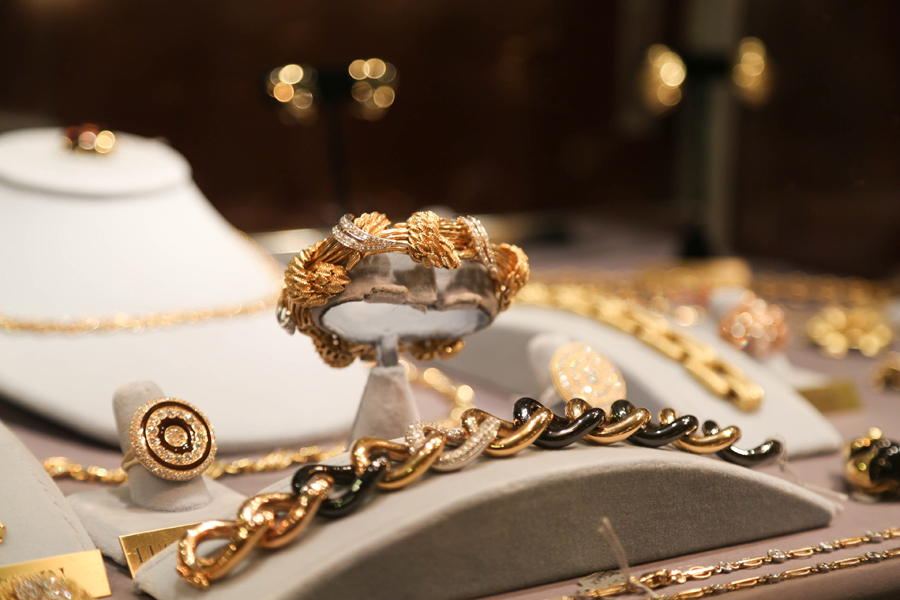 A polished selection of top-tier jewelry designers sparkled<br>at Brad Reh Fine Estate Jewelry, New Canaan, Conn.
