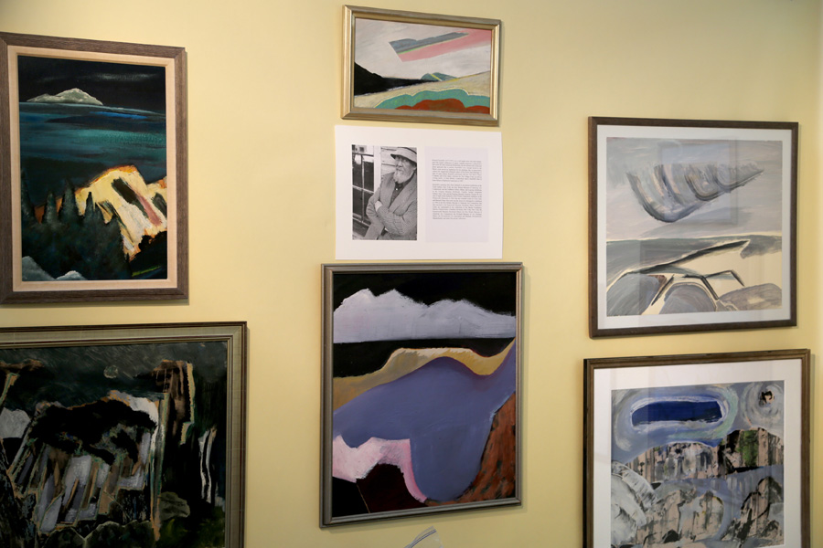 Garvey Rita Art & Antiques, West Hartford, Conn.,<br>devoted part of its booth to the work of Howard Rackliffe.