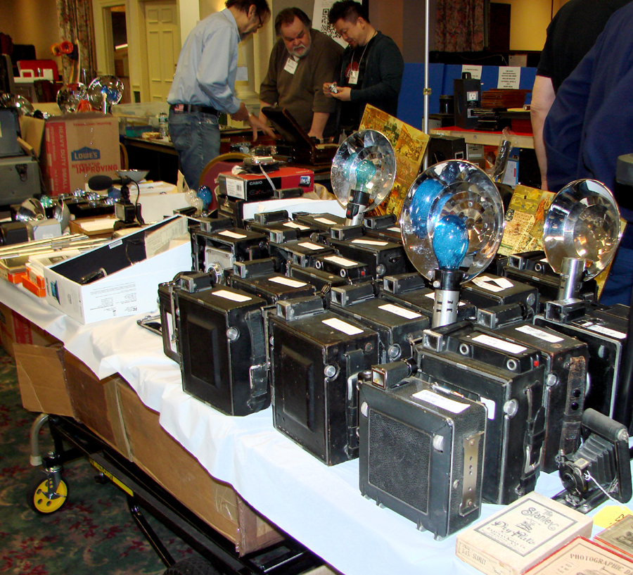 Bill Cress, a Wayne, N.J., dealer, brought several Graflex cameras<br>dating from the 1940s to the early 1960s. Some were priced in the $ 200 range.<br>Cress said that he used to rent these cameras to filmmakers as props.