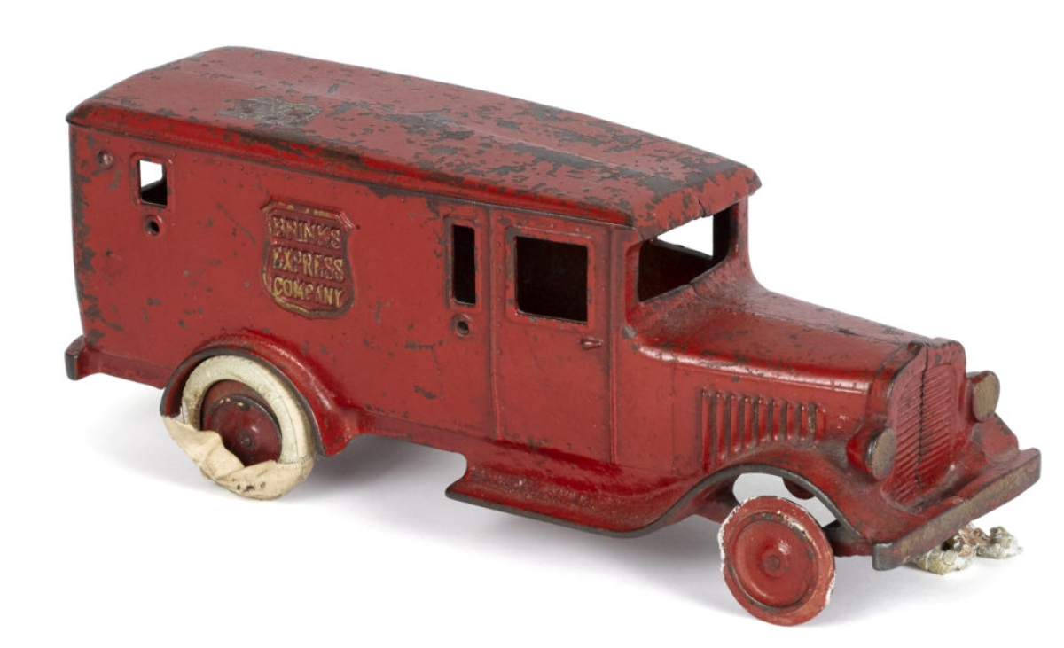 Two phone bidders battled it out for this rare Arcade cast iron Brinks Express Company paneled delivery truck with opening rear door and an eagle logo on the roof, 11¾ inches long and weighing 6 pounds. It sold just under the high estimate for $7,800.
