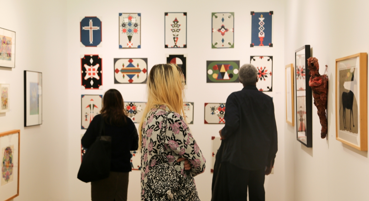 The colorful geometrics of Oskar Jonsson lured attendees into the booth of Luise Ross Gallery, New York City.