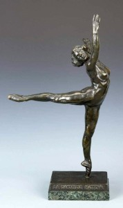 A bronze ballerina sculpture by Serge Yourievitch (Russian French, 1876–1979) reached $16,520, a record auction price for this particular edition.