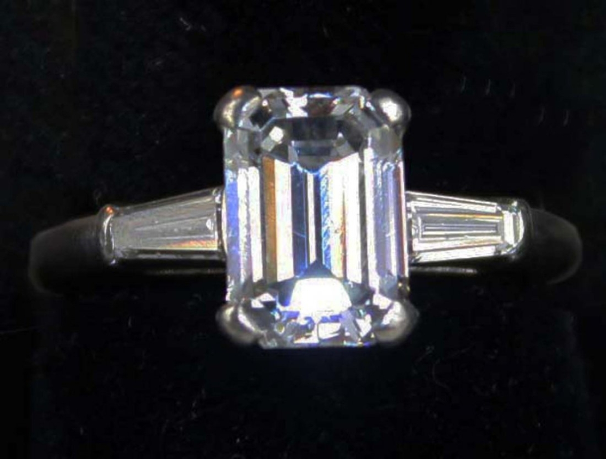 The sale included several pieces of platinum, gold and diamond jewelry. Topping the category was a platinum and emerald cut diamond ring with a high-quality 2.35-carat diamond. It reached $21,850.