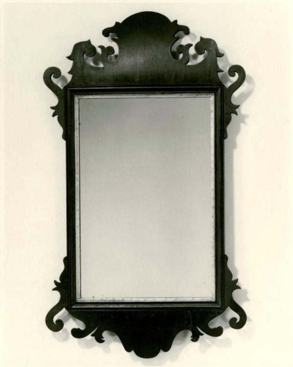 Looking glass, labeled by Kneeland & Adams (1792–1795), Hartford, Conn., mahogany, white pine, gilding and glass; gift of Margaret R. Barbour, courtesy Connecticut Historical Society.