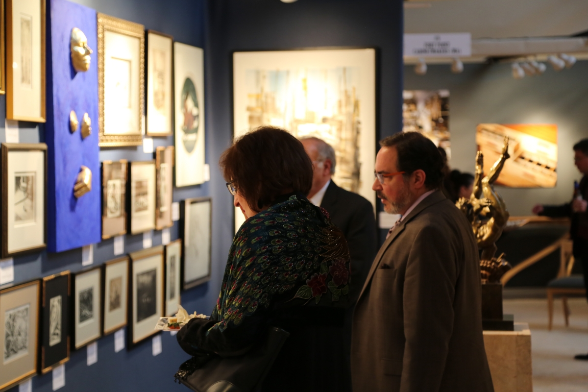 Buyers peruse the offerings at Childs Gallery, Boston.