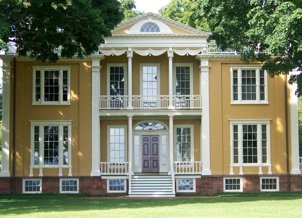 "Described as ""startling"" when it reopened to the public in 1977, after a historically accurate reinterpretation, Boscobel soon became a visual reference for the architecture and decorative arts of the Federal period. —All images collection of Andrew Baseman and courtesy Boscobel House and Gardens."