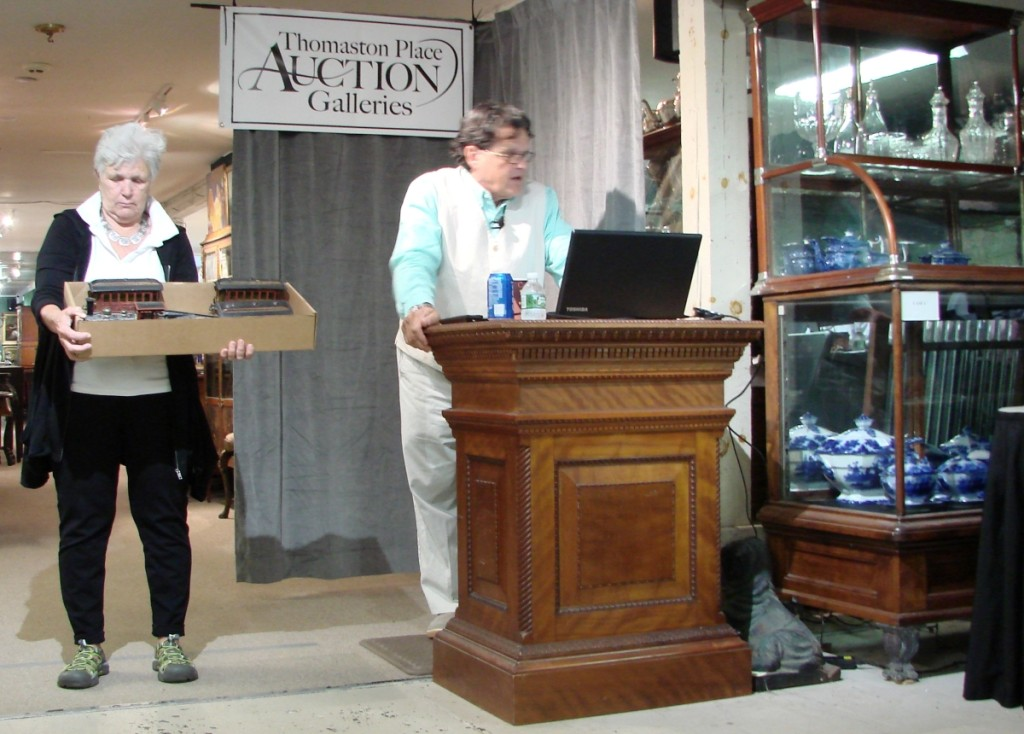 Kaja Veilleux getting the crowd ready as he starts the second day of the sale.