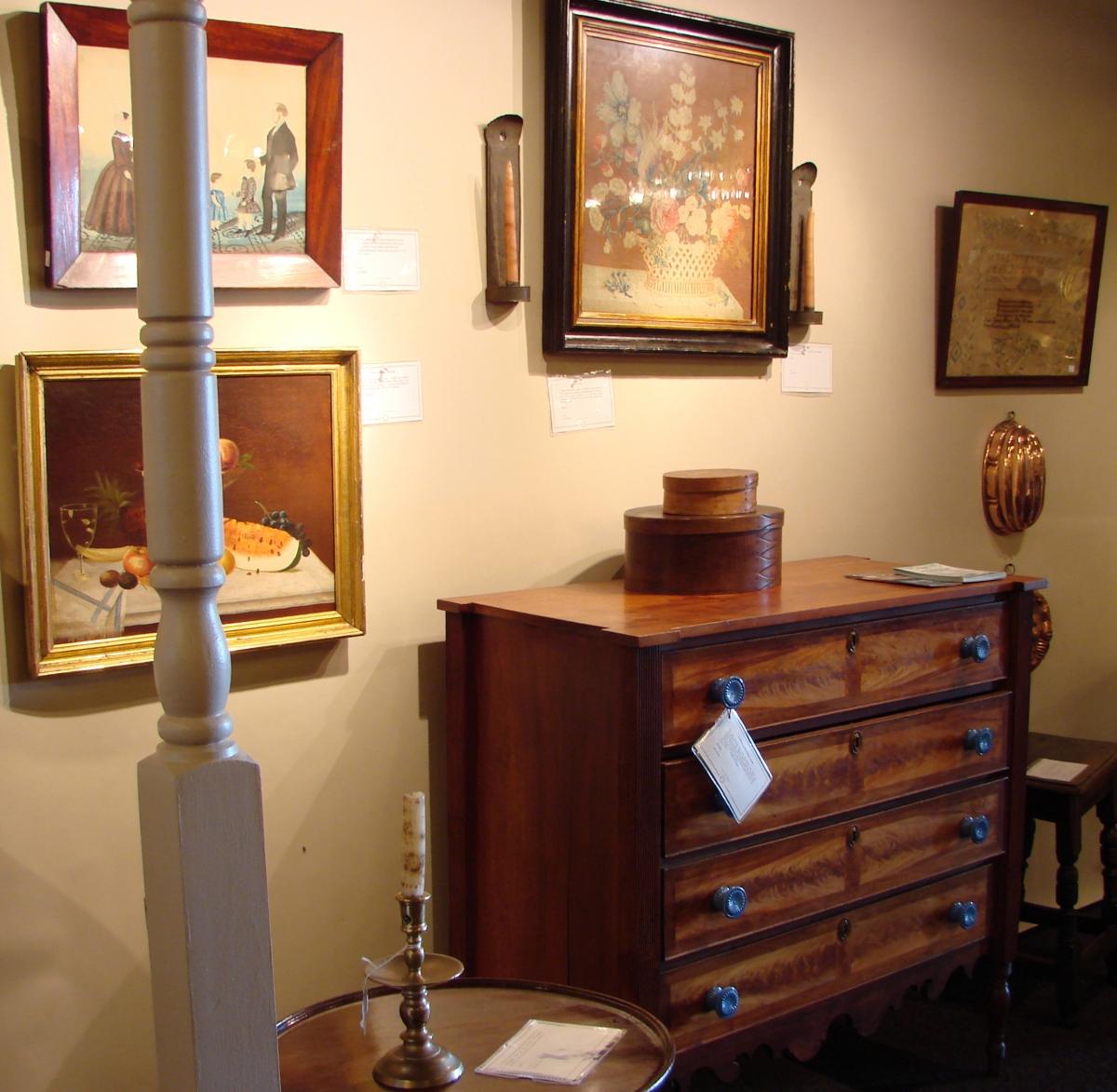 Brisk Sales At Vermont Antiques Dealers Association Show