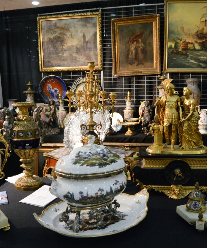 A Meissen piece with Keller sterling mounts, circa 1880, is shown in the foreground at French Style, Montevideo, Uruguay.