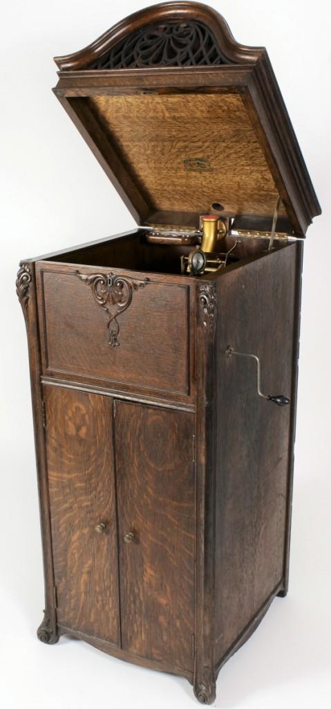 Keen-O-Phone Oak Phonograph c