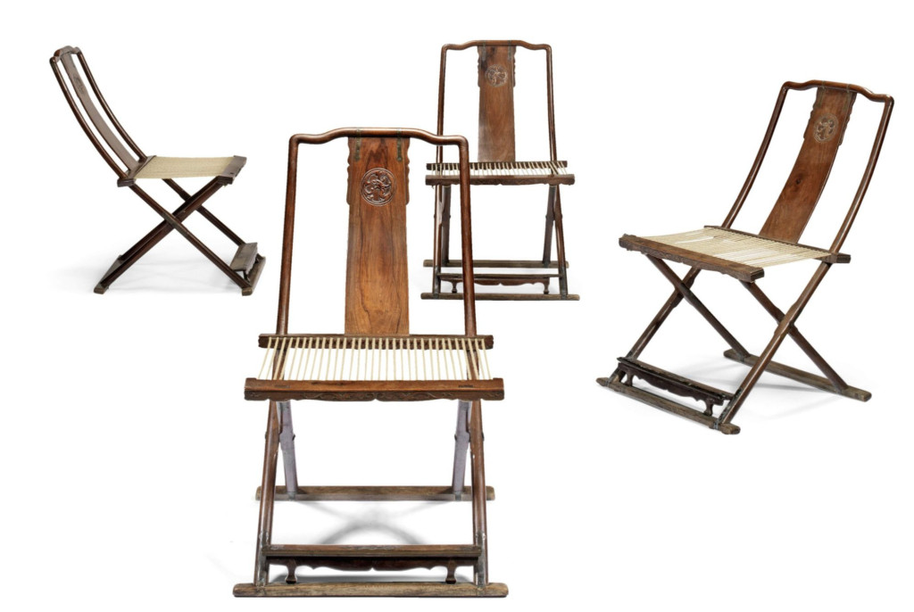 A SET OF FOUR HUANGHUALI FOLDING CHAIRS 17th-18th century(1)