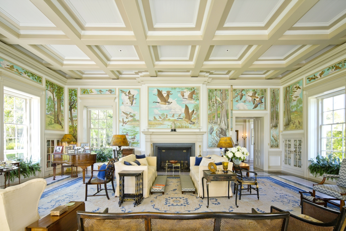 Superbe The Main Drawing Room Is Decorated With Murals On Canvas Painted By Noted  Illustrator J.