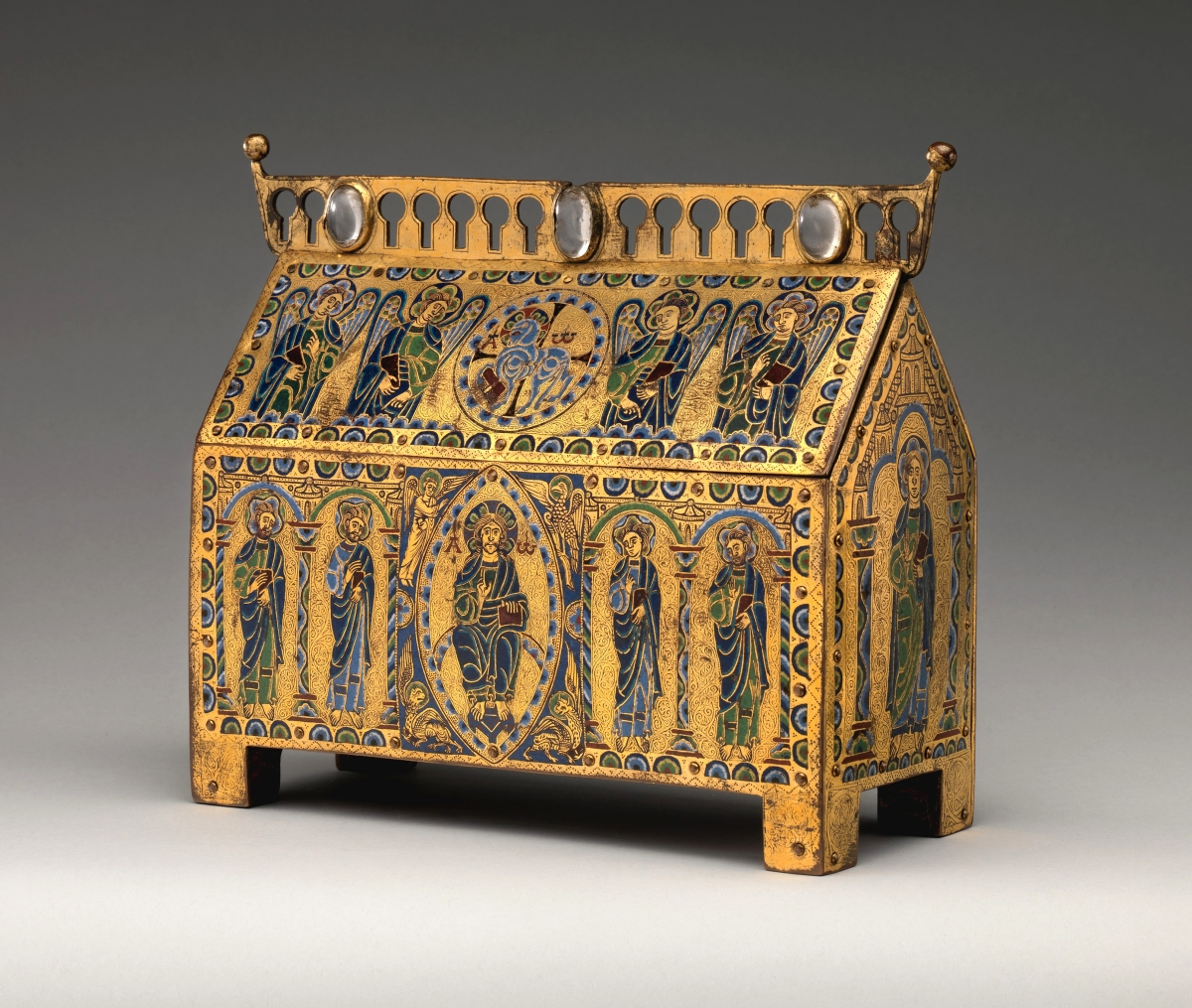 Chasse with Christ in Majesty and the Lamb of God, French, circa 1180–90. Champlevé enamel, copper and wood core. Metropolitan Museum of Art, gift of J. Pierpont Morgan, 1917.