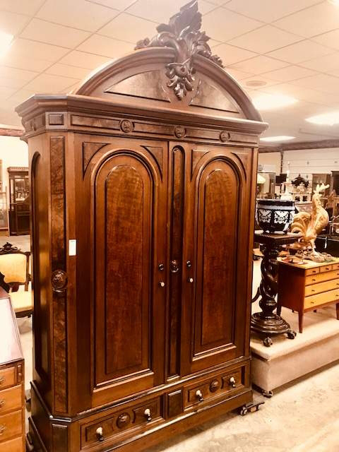 AB Fontaine's Heritage wardrobe