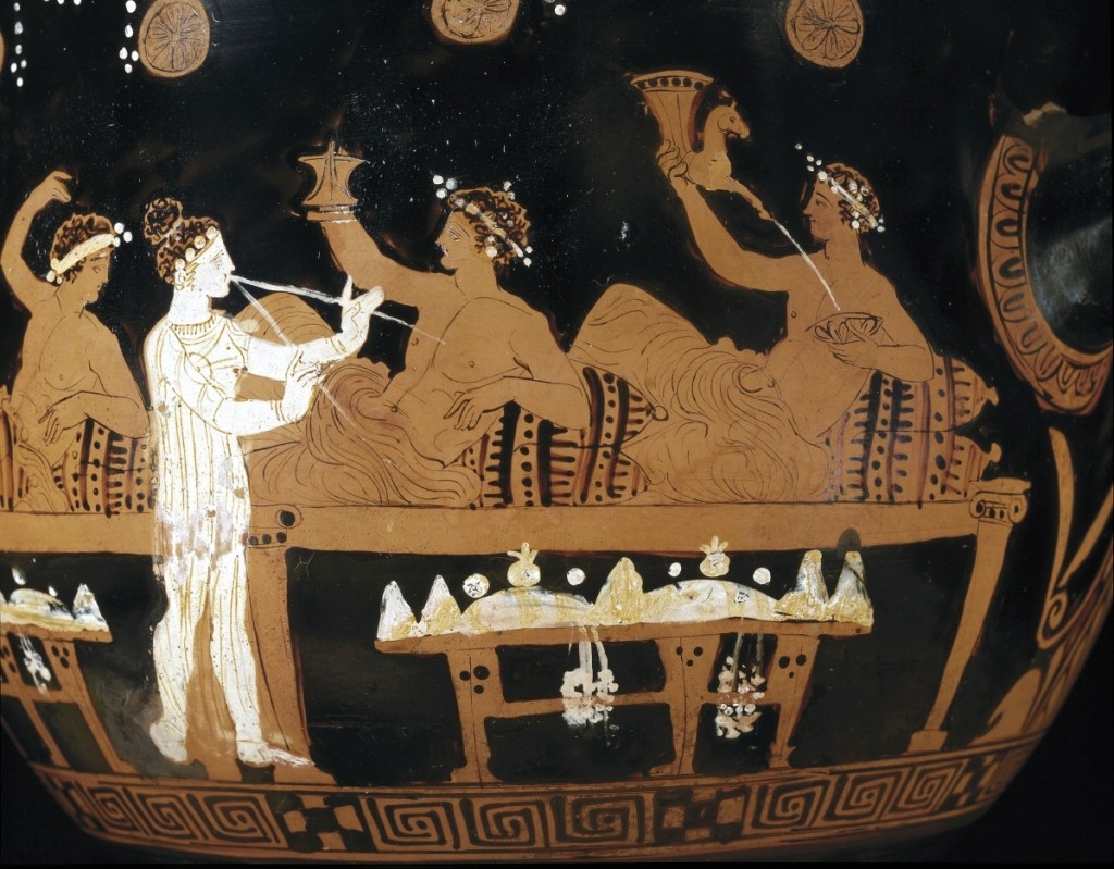 Detail, bell krater depicting a symposium, attributed to the Philocleon Reverse Group, Greek, Attic, circa 390 BCE. Terracotta, red-figure technique. Kunsthistorisches Museum, Vienna. Photo: ©KHM-Museumsverband.