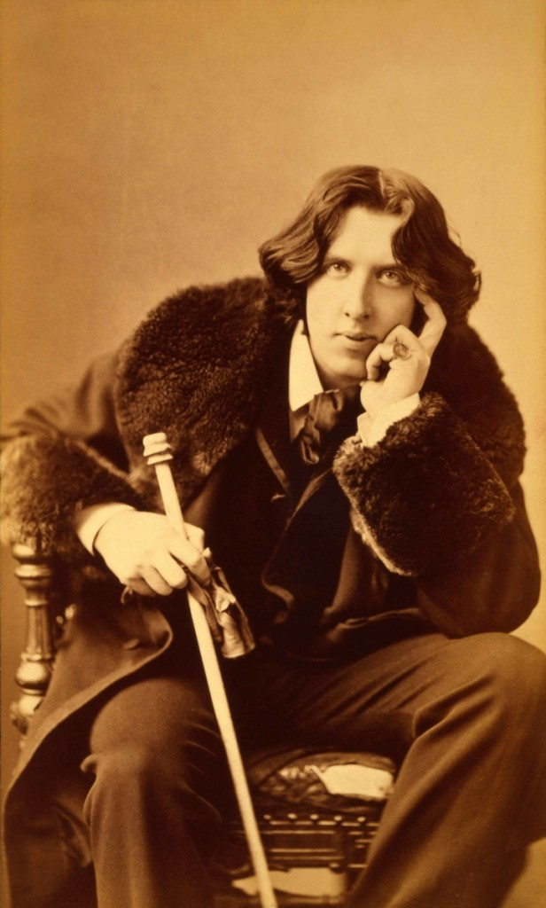 Oscar Wilde (1854–1900) was only 27 years old when he undertook his ambitious American tour, on which he presented 140 lectures on the decorative arts in 260 days.
