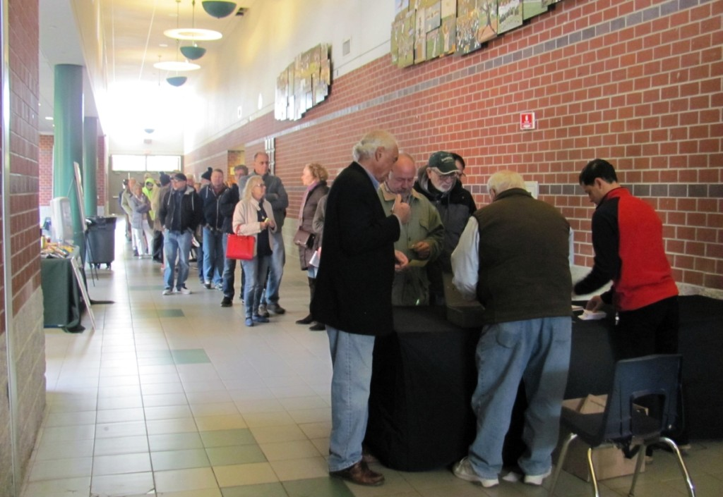 When the show opened at 10 am, the line to get into the show stretched down the long hallway leading towards the New Milford High School gym.