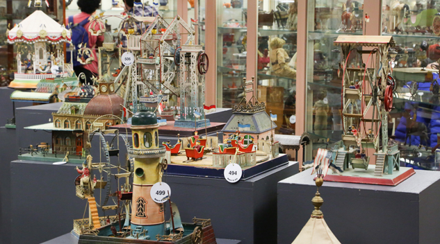 A selection of steam accessories from the Samuel Downey Jr collection. Quite colorful, they ranged from amusement rides and lighthouses to gondolas and castles.
