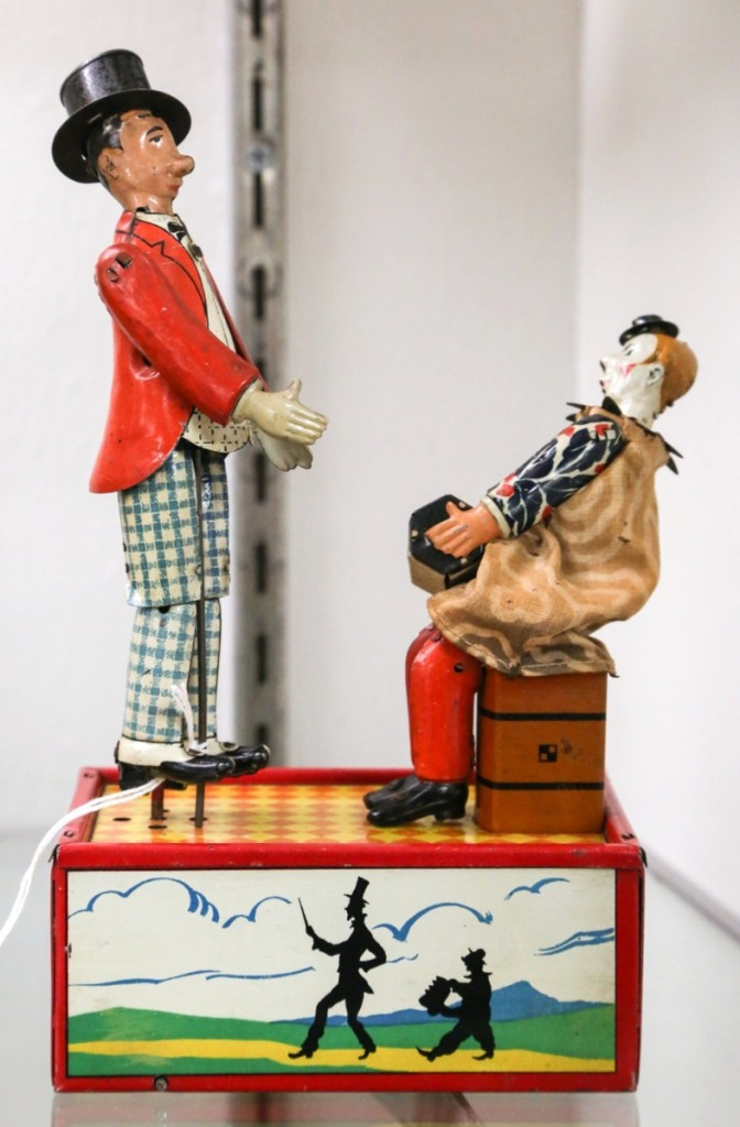 """At $14,400, the top lot of the sale came in the form of this Lehmann Lo & Li toy from the Fubini collection. In pristine condition, RSL said this was """"one of the rarest tin novelty toys to ever cross the auction block."""""""