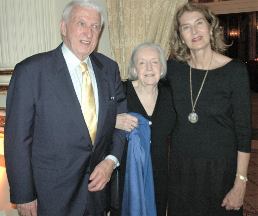 Arthur and Marguerite Riordan with Donna Schwartz at the American Folk Art Museum's 2008 gala honoring the Riordans and collectors Jerry and Susan Lauren.