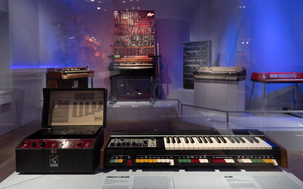 From Expanding the Band, in the front: Steve Miller's SH-2000 organ.