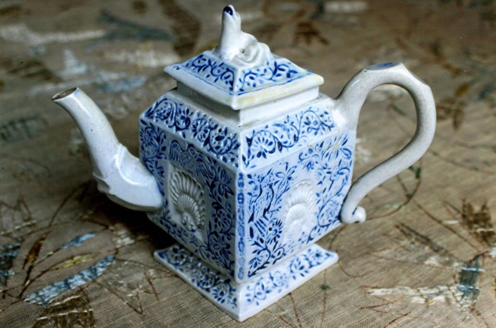 Stoneware blue and white teapot.