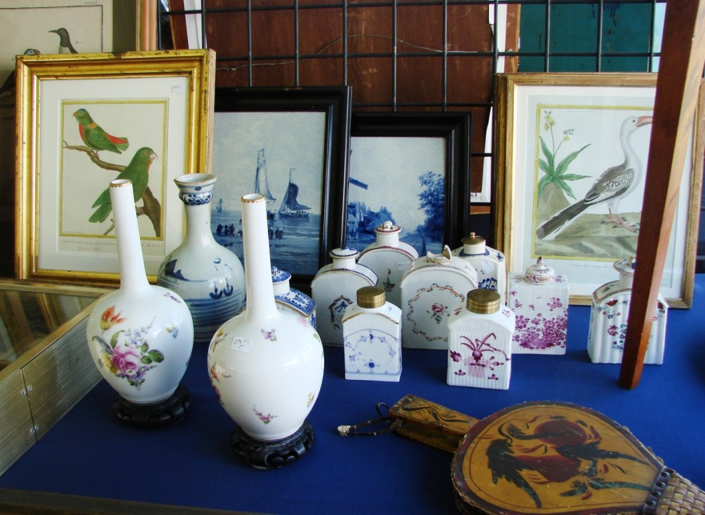 Greg Hamilton, Stone Block Antiques, Vergennes, Vt., offered a selection of Chinese export porcelain tea caddies in the $200 price range. The pair of vases was priced at $275.