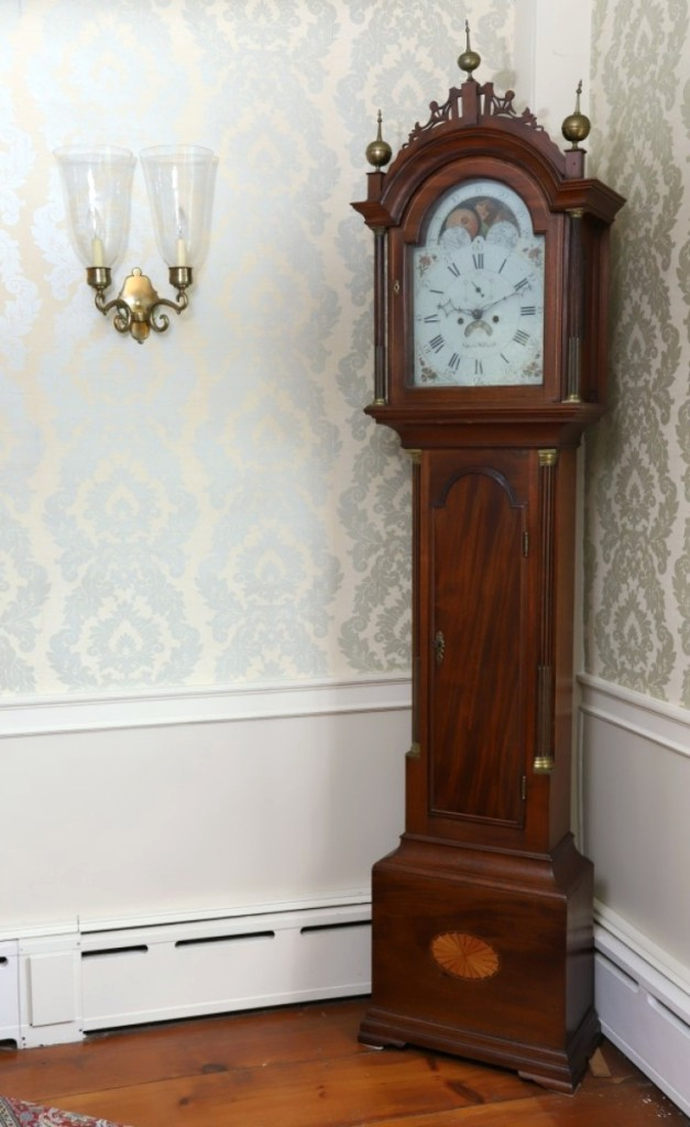 The top lot of the sale was this Simon Willard moon phase calendar tall clock, which was reportedly purchased from Simon Willard himself, by Edward and Abigail Emerson for the Emerson homestead. It went out at $18,000 against an estimate of $10/18,000).