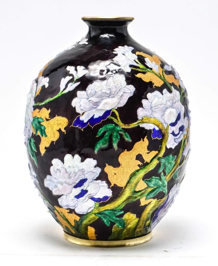 AB Showplace Faure Vase