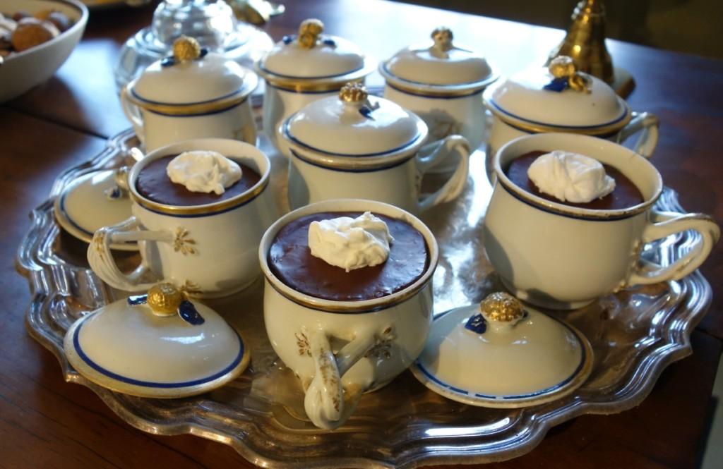 Custard cups.