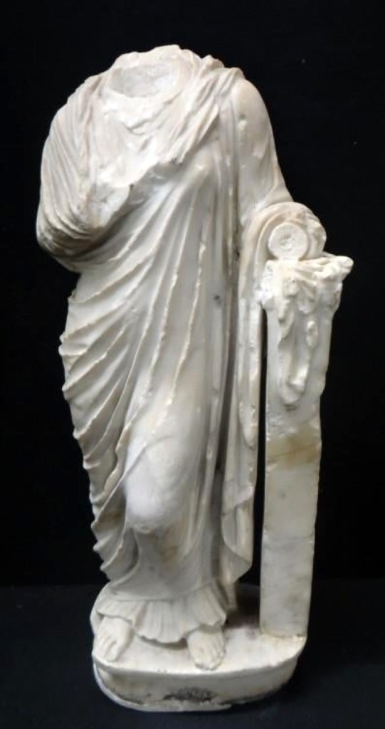 This headless Classical Roman marble figure was nonetheless at the head of the sale. A 1960s bill of sale from a Parisian dealer added momentum to the global interest in this lot, which finished to a European buyer on the phone for $29,250.