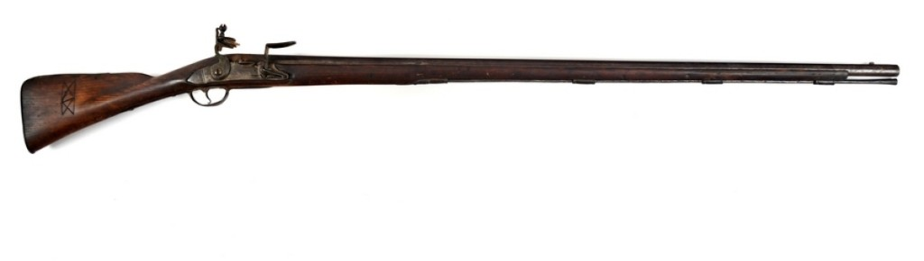 Earning $27,000 was a Continental Army-altered, French M1717 rampart musket with bayonet with an overall length of 63¼ inches. Catalog notes state that it is the only example of an intact, American-altered, M1717 rampart musket configured for infantry use currently known to survive.