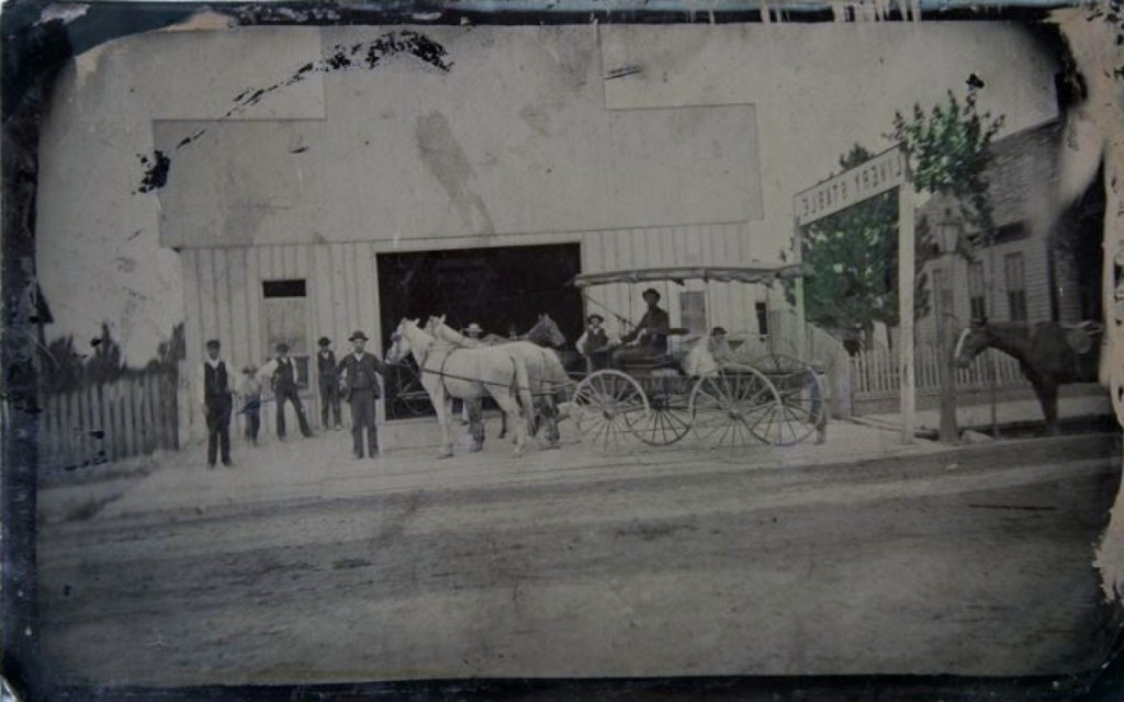 Leading the sale at $3,751 was this 5-by-8-inch reduced half plate occupational tintype of a livery stable and its proprietors.