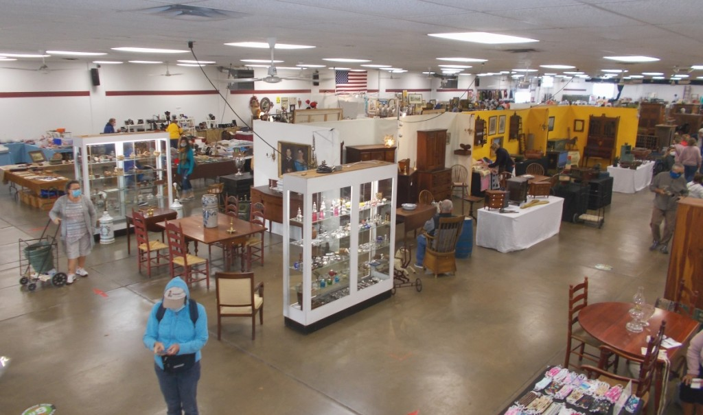 An overhead look at the floor in the Arts and Crafts Building.