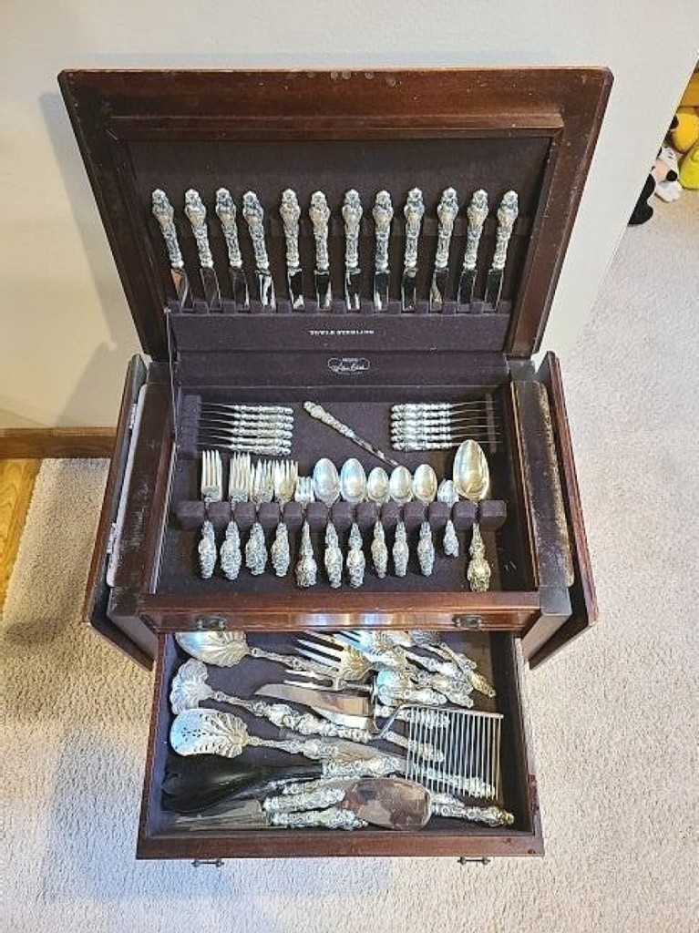 The best price realized for flatware in the sale was $6,000 for this 124-piece Gorham Lily pattern set with hard to find serving pieces ($3/5,000).