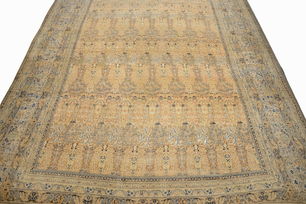 Helping no doubt to push this Oriental carpet to $26,880 from a $4/8,000 estimate was its provenance. The 20-foot-6-inch-by-30-foot-6-inch carpet had done duty in the Greenwich, Conn., home of actor Mel Gibson.