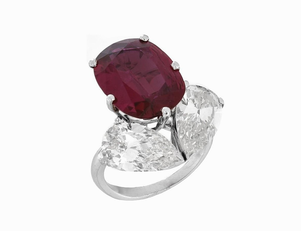 Rubies were a popular stone in this sale, featuring in three of the top four lots. This 8.15-carat ruby, diamond and platinum ring with oval cut ruby and two pear-shaped diamonds had G-H color and a VS1 clarity. It made $139,150 ($70/90,000).