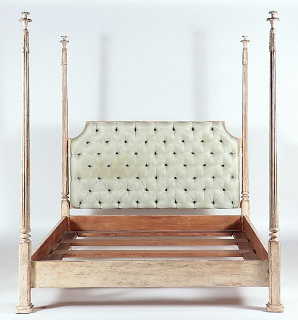 AB Kamelot French bed