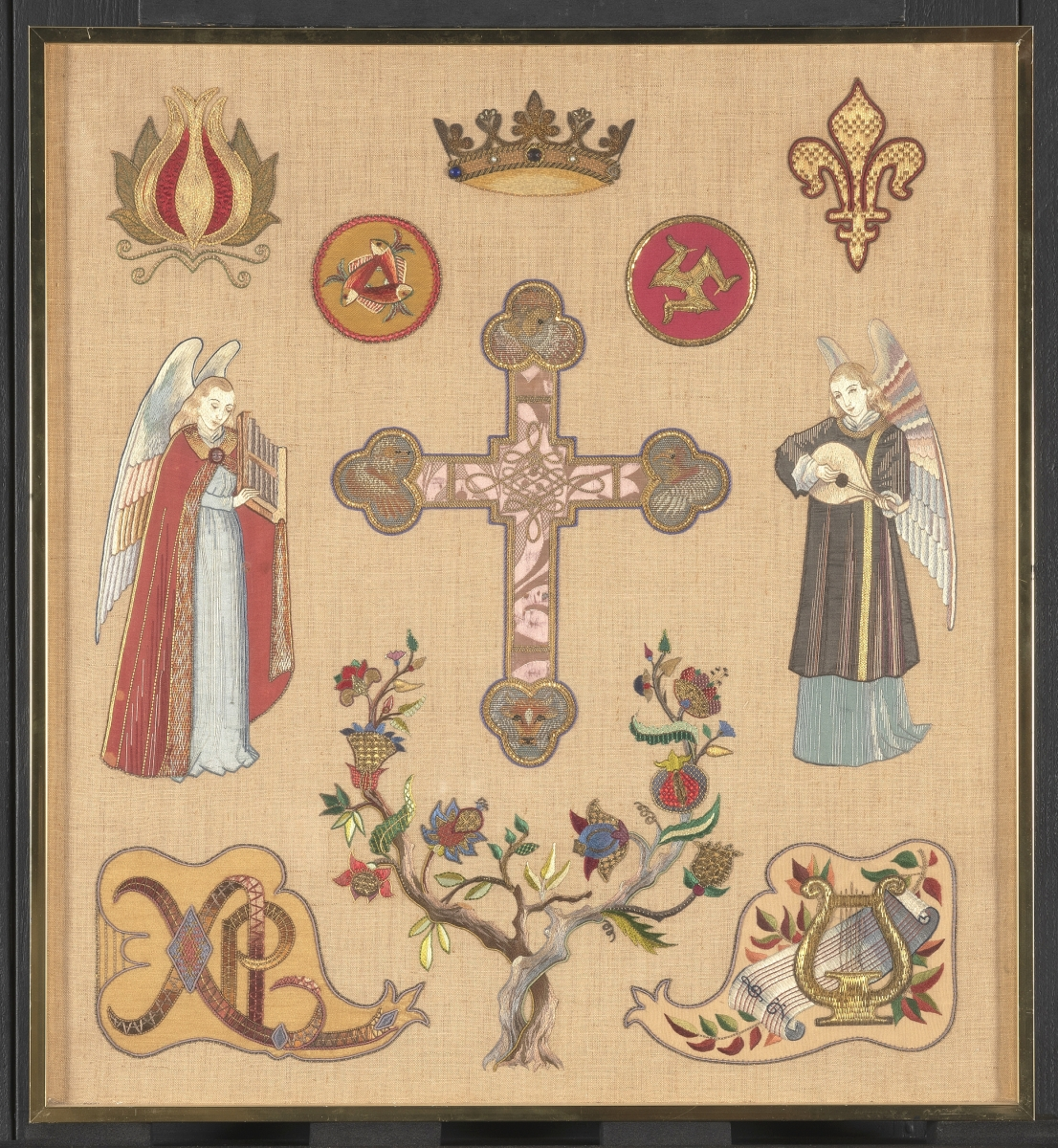 Working toward her teaching credentials, Wilson designed much of this silk and goldwork sampler herself, using prototypes she saw and sketched at the Victoria and Albert Museum. Winterthur Museum, Gift of the Family of Erica Wilson, 2015.0047.003.