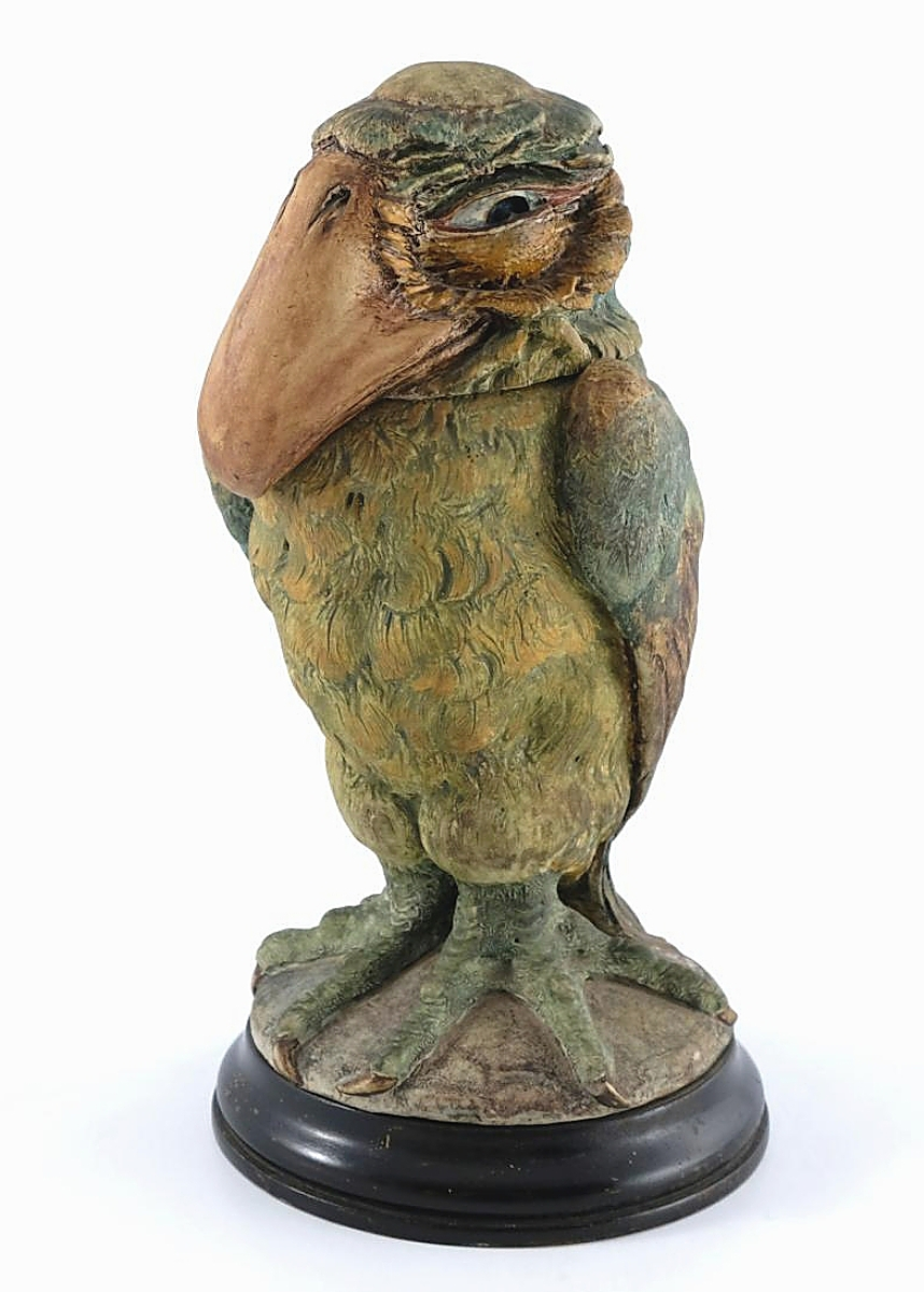 This 10½-inch tall sculptural bird jar, made in 1898 by Robert Wallace Martin for Martin Brothers, brought $71,291.