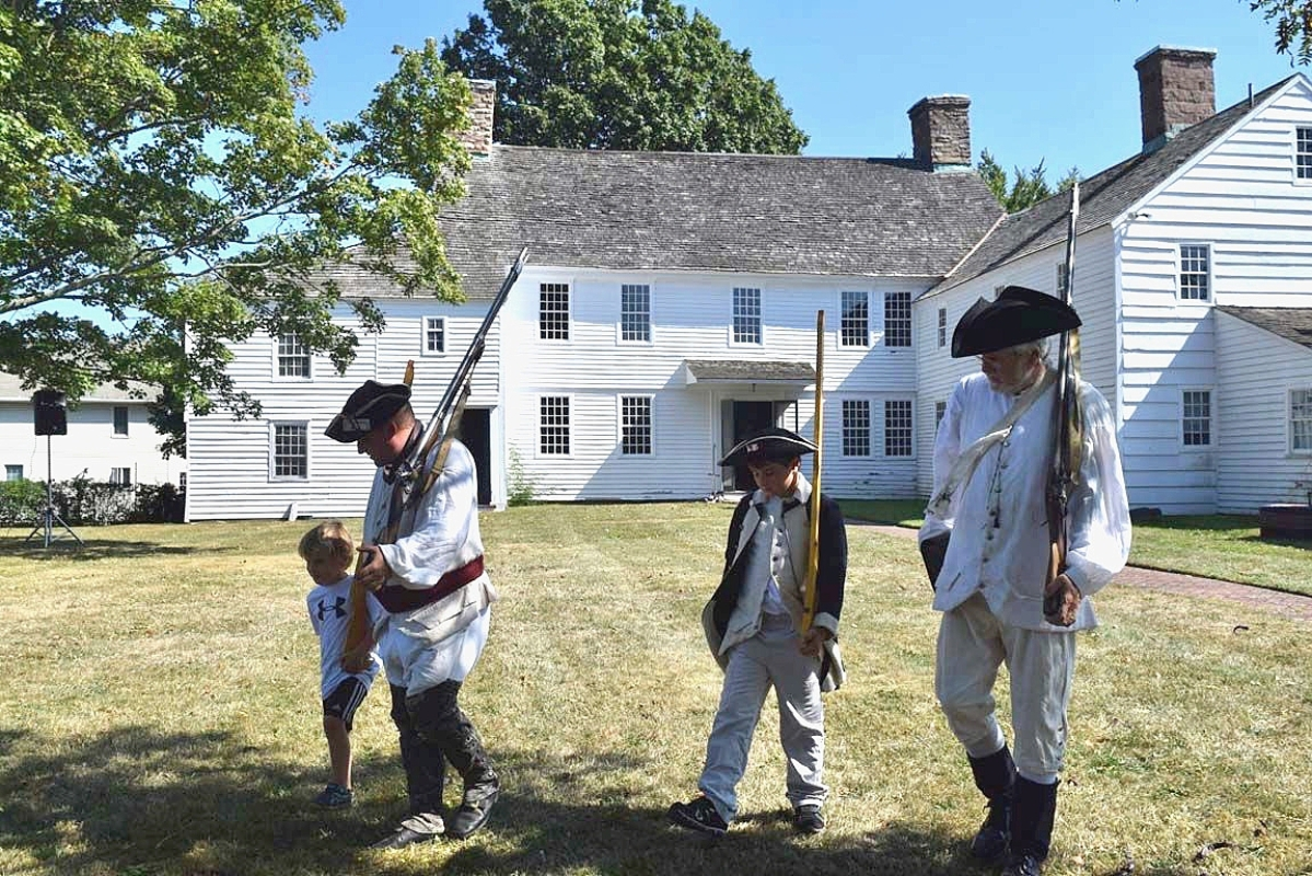 Sixth Connecticut Regiment reenactors at Friends and Family Day at the Pardee-Morris House, courtesy New Haven Museum.