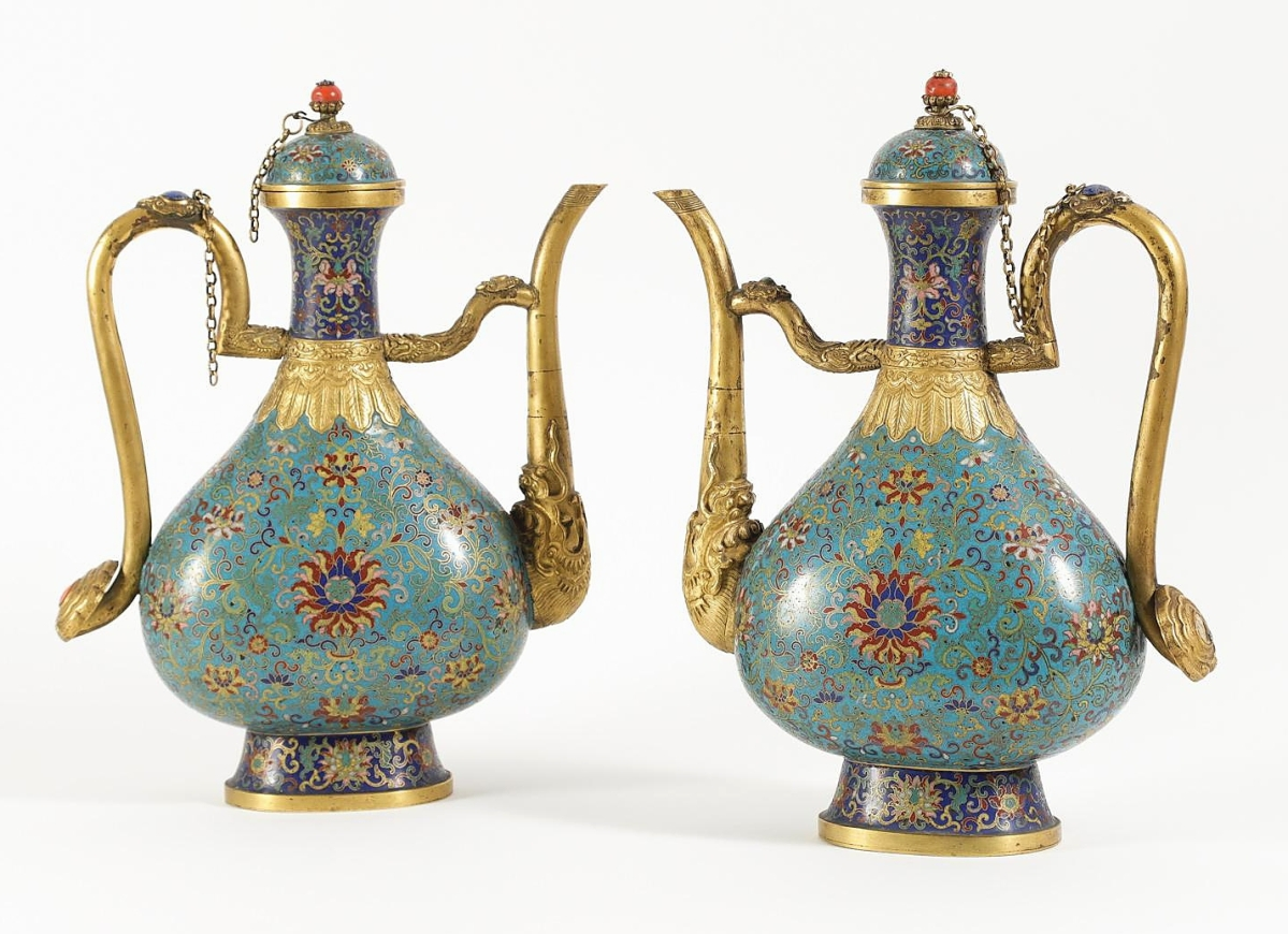 Pair_of_Chinese_Cloisonne_Ewers_Qianlong_Mark_Qing_Dynasty_-_Republic_Perio146_1