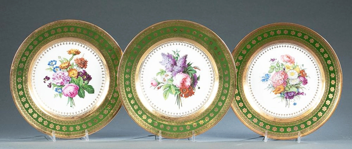 With provenance to French Empress Josephine and the Duke of Kent, this group of three early Nineteenth Century Sevres parcel-gilt porcelain cabinet plates achieved the second highest price in the sale. A Japanese buyer took the group to $24,130 ($4/6,000).