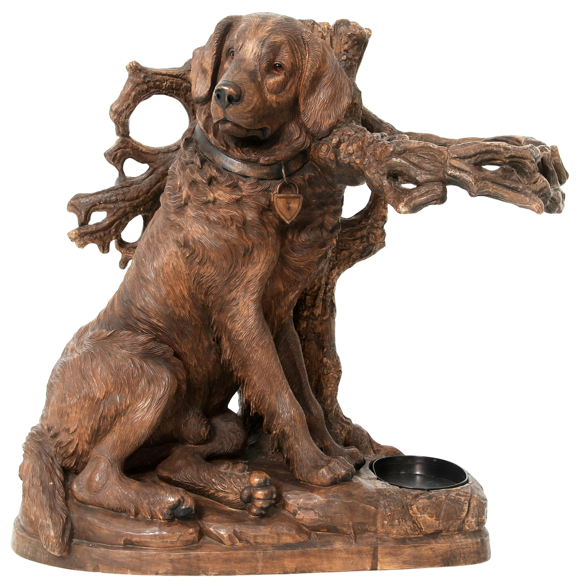 With a winsome stance that any Black Forest carving collector would love, this Twentieth Century carved dog umbrella stand was a surprise, leading Fontaine's second session sale at $51,425 with 58 bids taking it way past its $10/15,000 estimate.