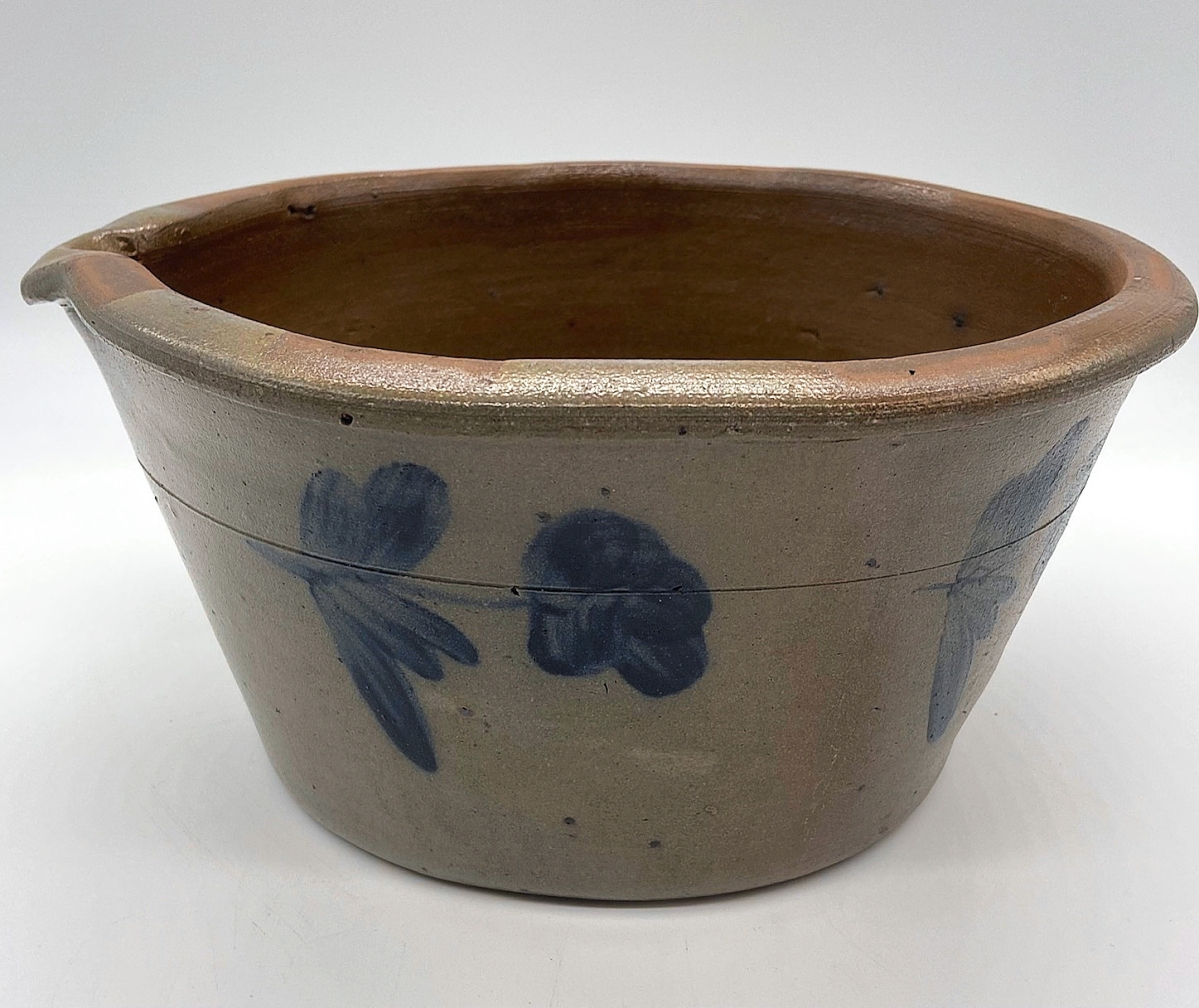 Something that Debbie McArdle sold right away was this Oxford, Chester County, Penn., salt-glazed stoneware milk pan, attributed to R.J. Grier of Mount Jordan pottery, circa 1870. Iron Horse Antiques, Woodstock, Ill.