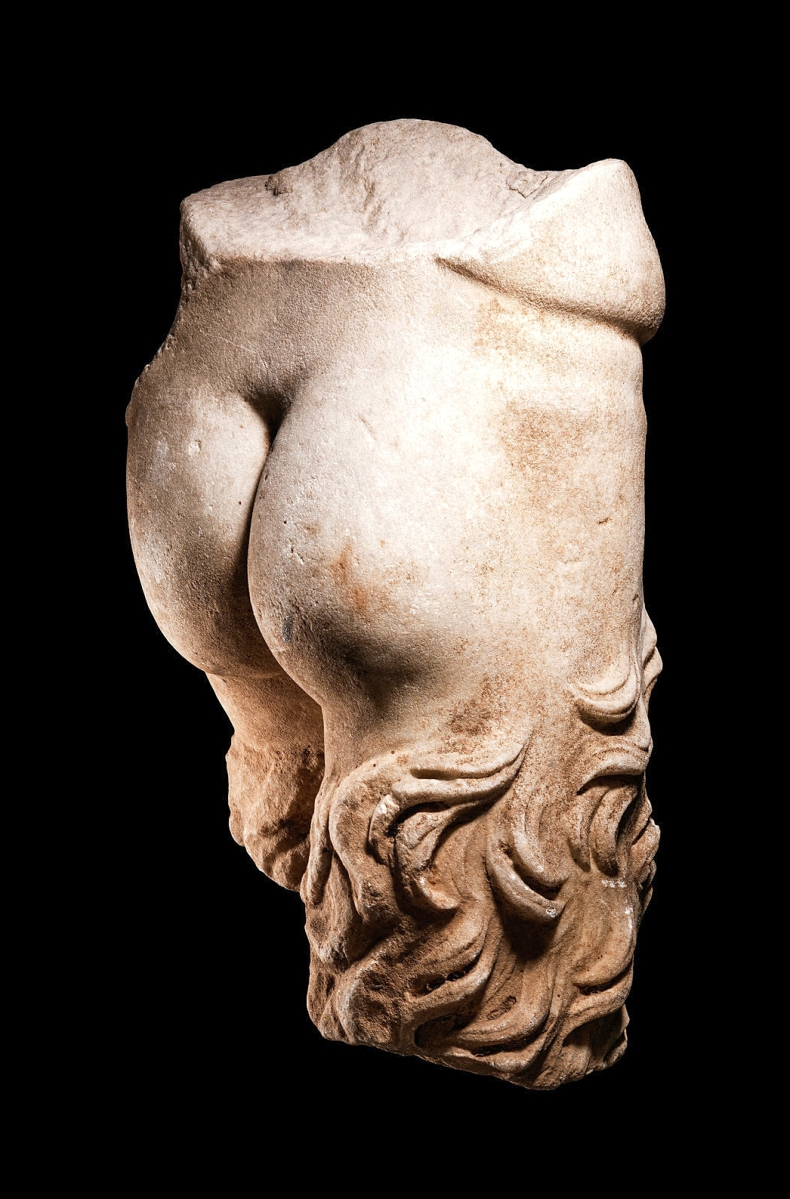 The mid-section of a Roman marble Satyr would sell for $75,000. This choice cut of a Satyr marble measured 18½ inches high and aligns the creature's reputation for chasing maenads and general ribaldry. It came from the collection of Tina and Simon Beriro.