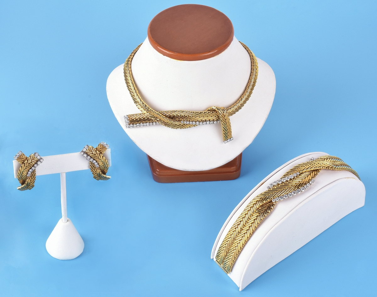 AB Kodner Jewelry Suite